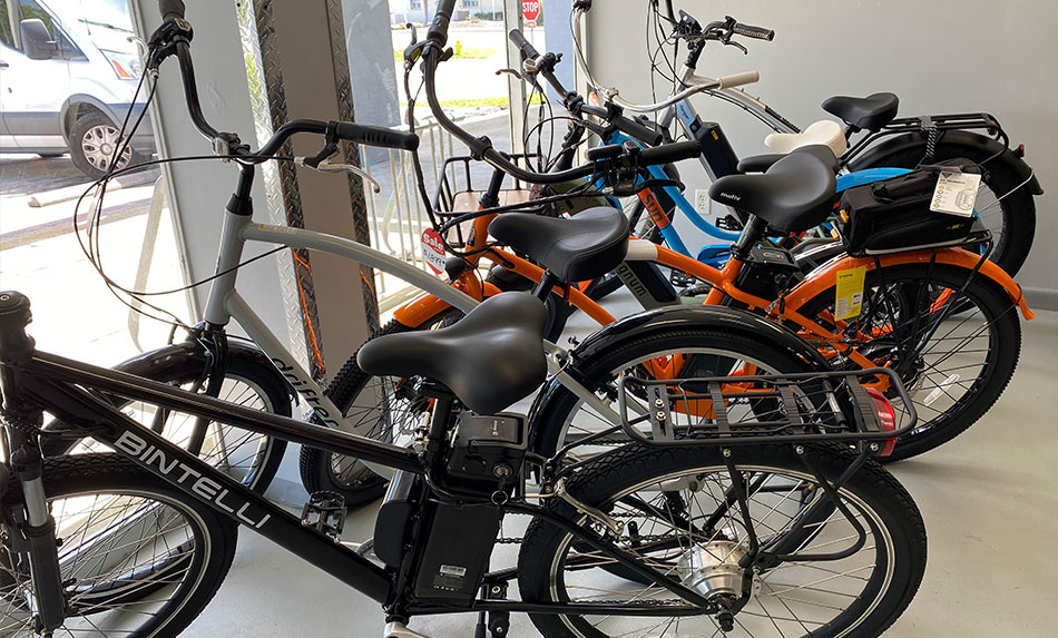 Bikes-in-Shop-FMB-Quicky